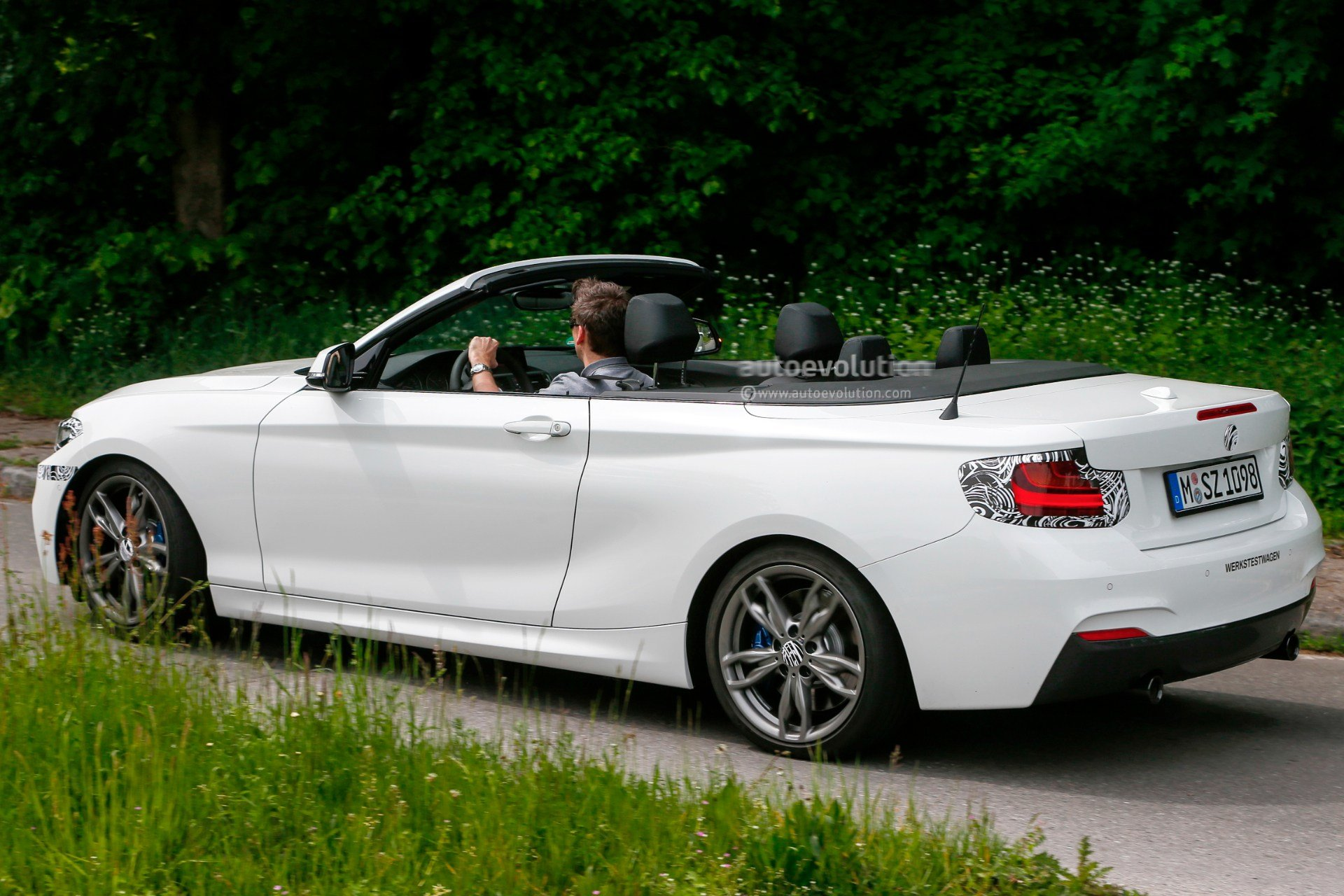 Latest Bmw M235I Convertible Spied With The Top Down Autoevolution Free Download