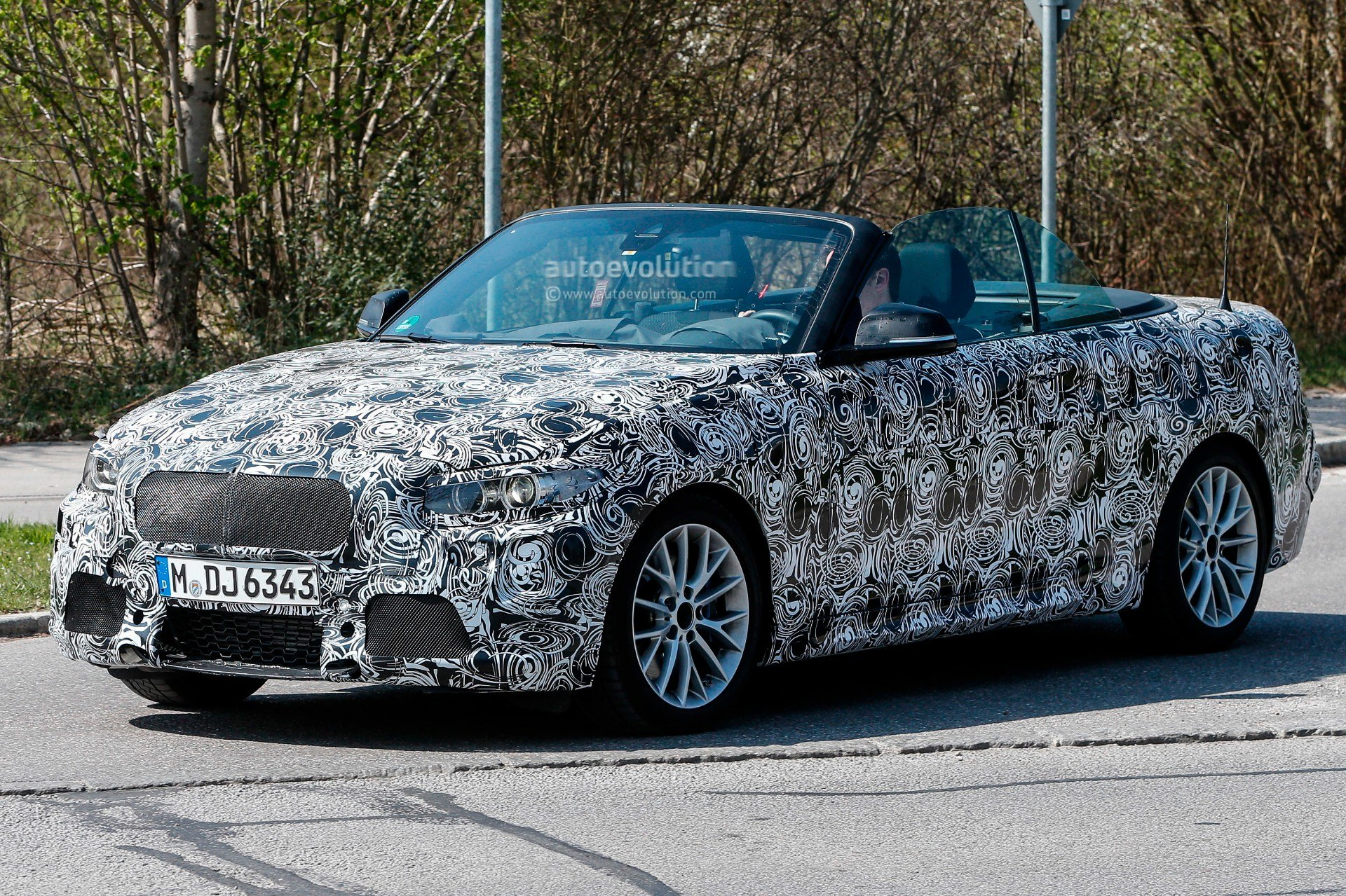 Latest Spyshots Bmw M235I Cabrio Caught With Its Top Down Free Download