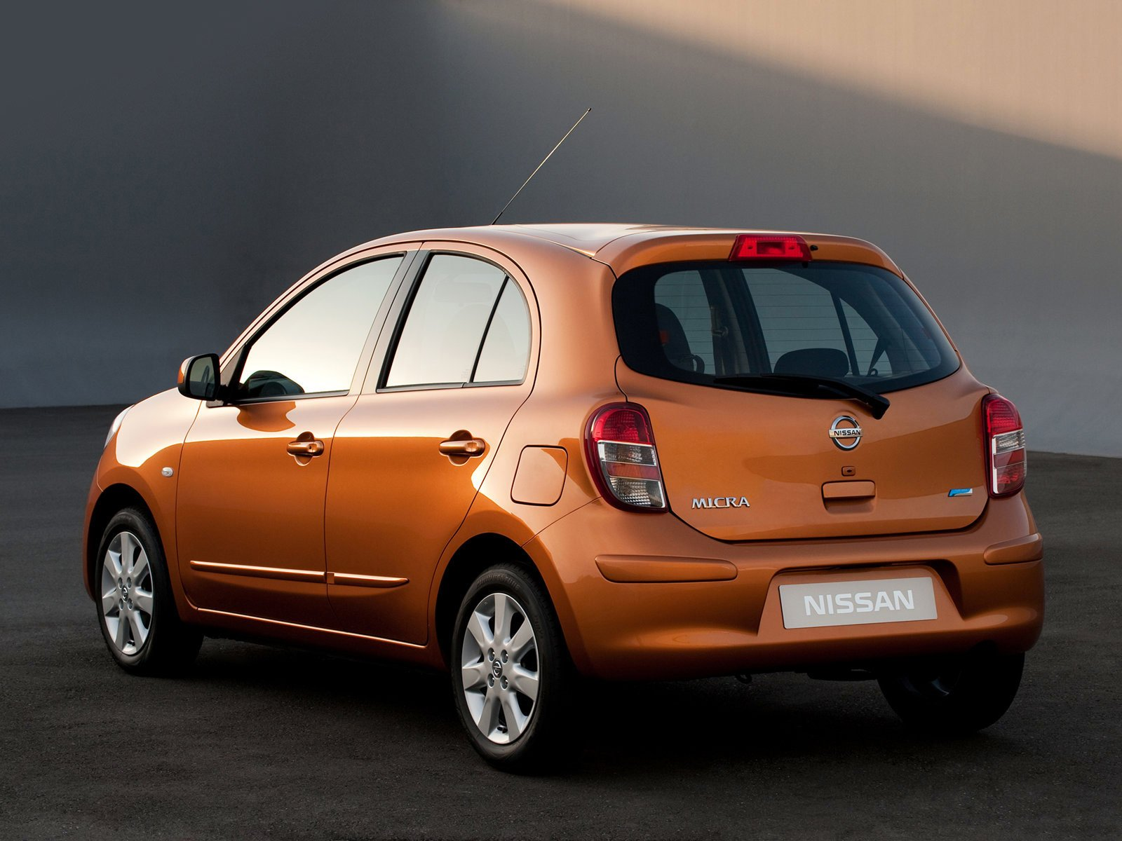 Latest 2011 Nissan Micra Japanese Car Photos Car Accident Lawyers Free Download