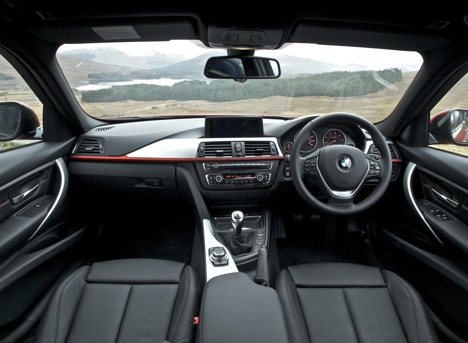 Latest Bmw 3 Series 2018 Interior Exterior Pictures Pakwheels Free Download