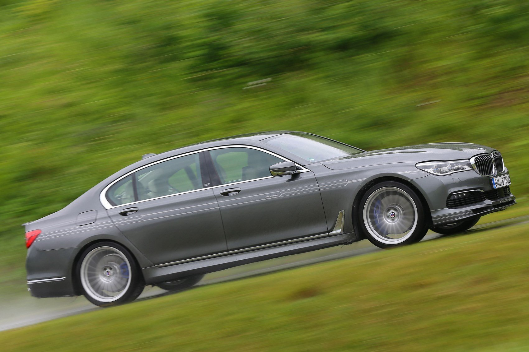 Latest Alpina B7 Biturbo Super Saloon Hits The 200Mph Club Car Free Download
