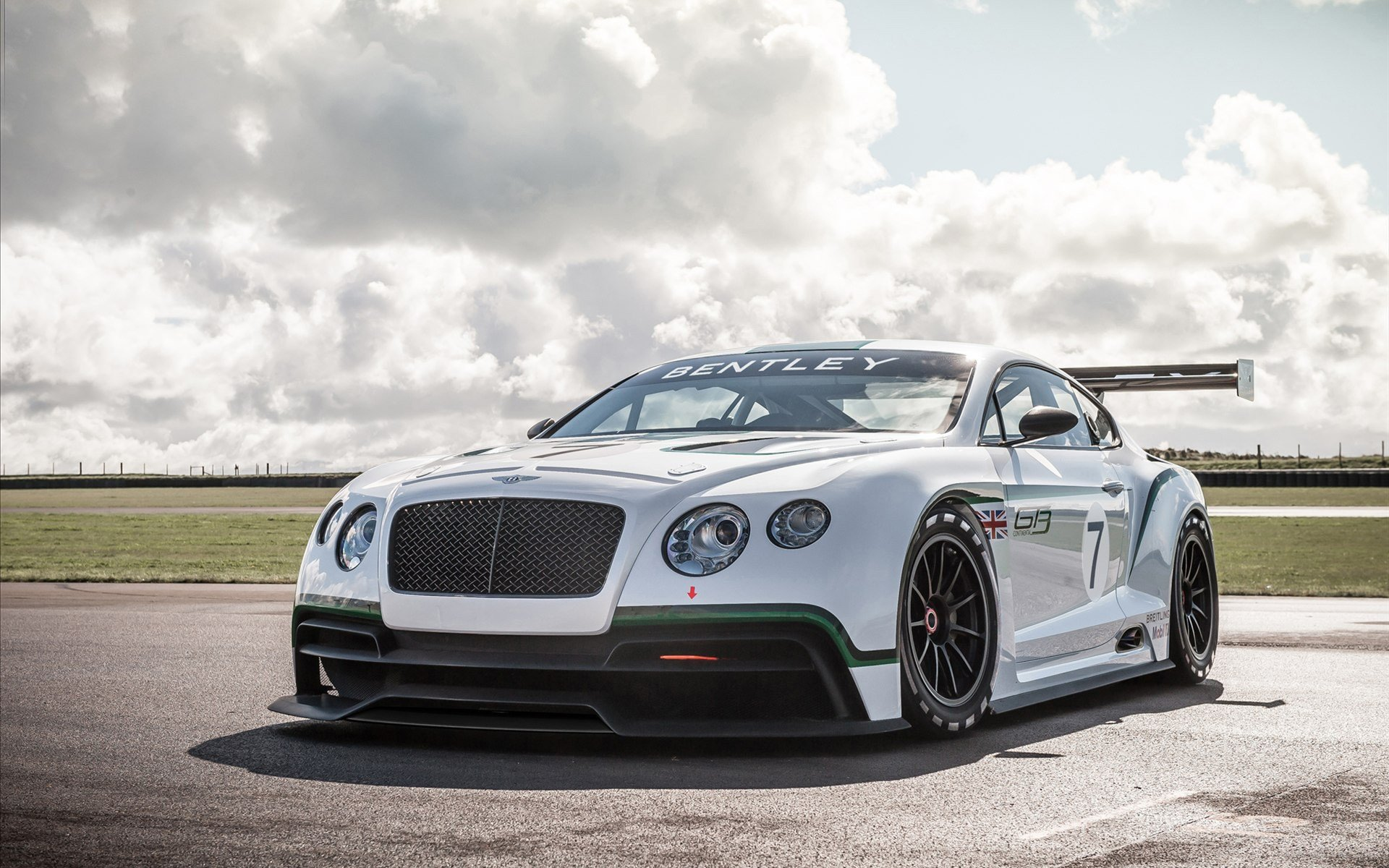 Latest Bentley Continental Gt3 Concept Racer Wallpaper Hd Car Free Download