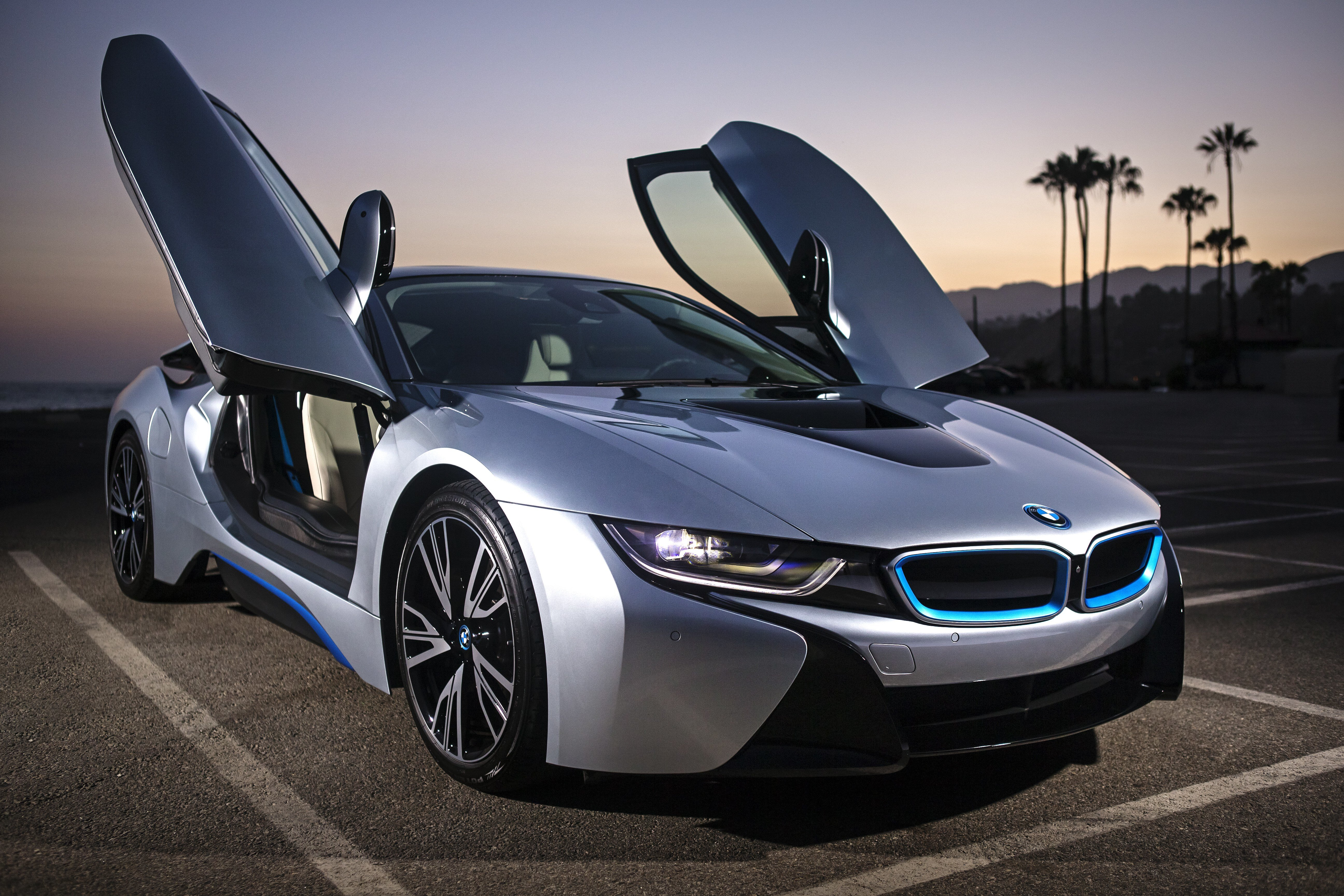 Latest Ready To Drive The 2017 Bmw I8 Electromotivela Free Download