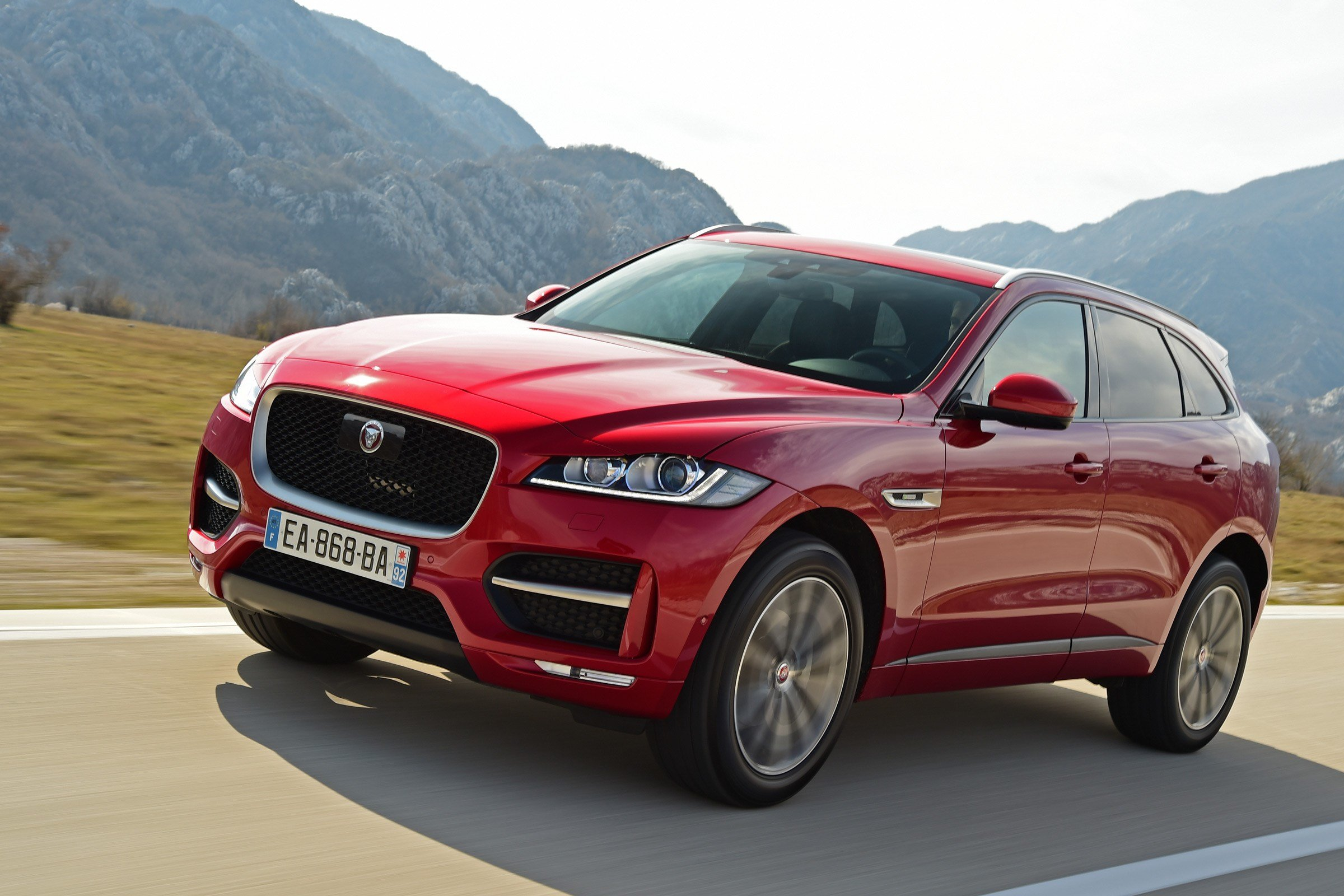 Latest New Jaguar F Pace Suv 2016 Review Auto Express Free Download