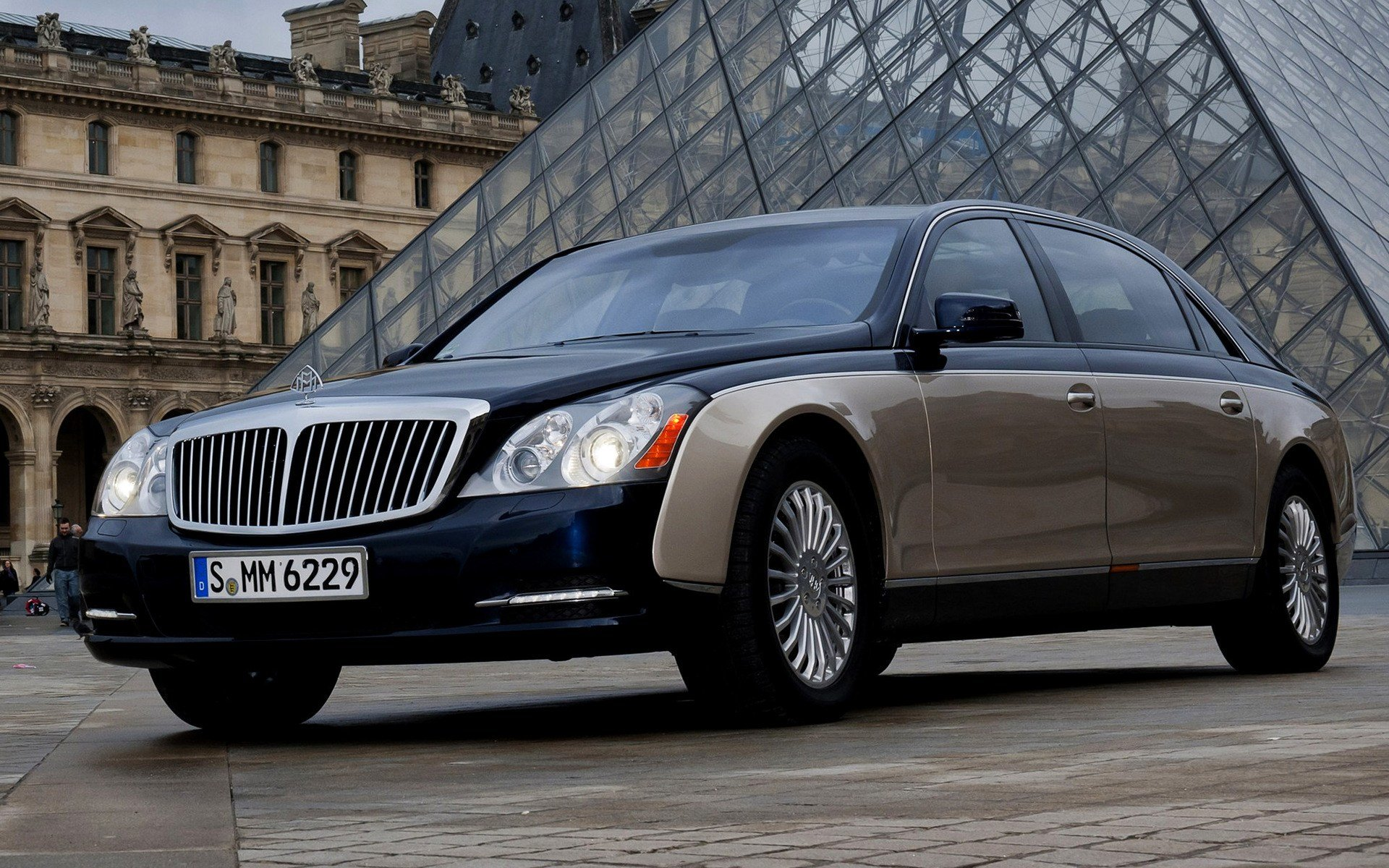 Latest 2010 Maybach 62 Wallpapers And Hd Images Car Pixel Free Download