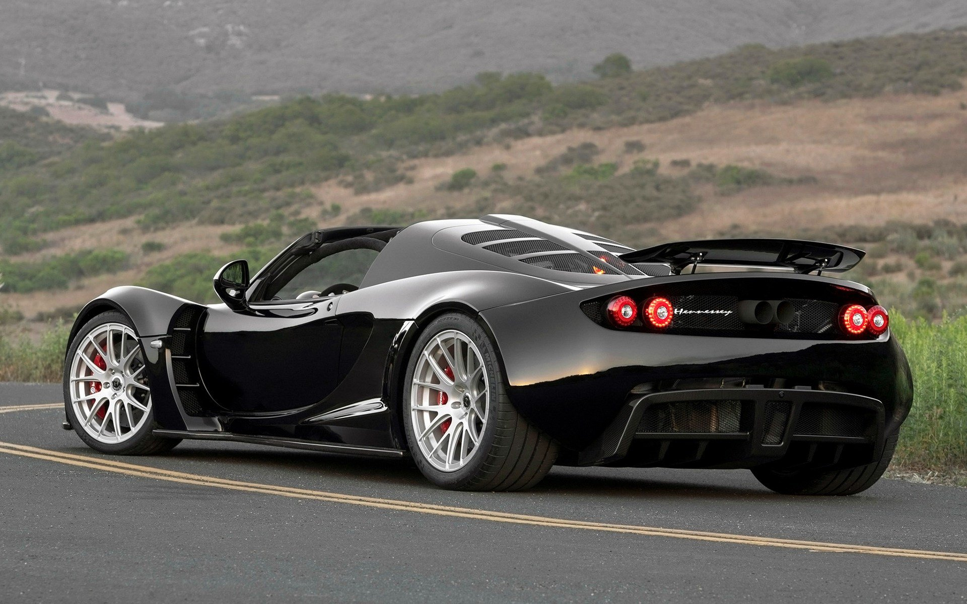Latest 2013 Hennessey Venom Gt Spyder Wallpapers And Hd Images Free Download