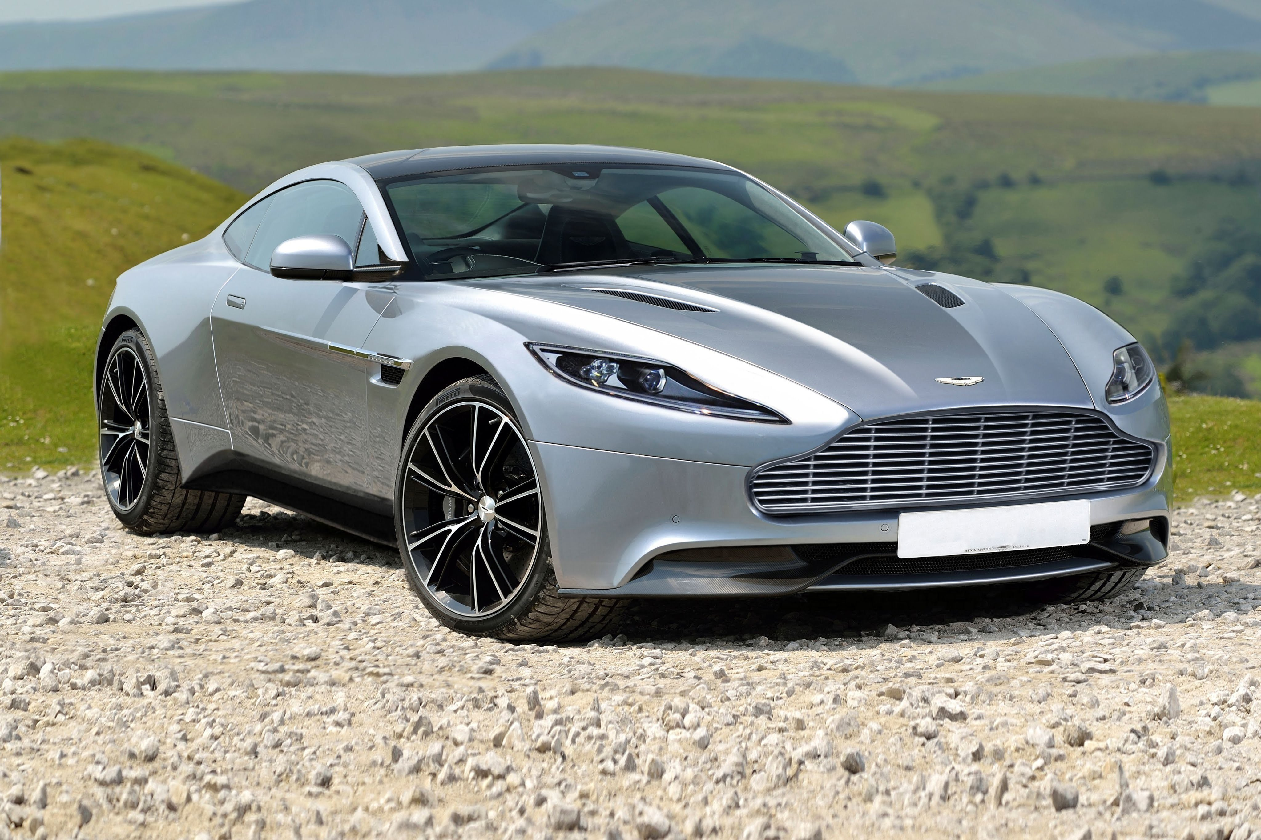 Latest Aston Martin Silver Car New Wallpaper Hd Wallpapers Free Download