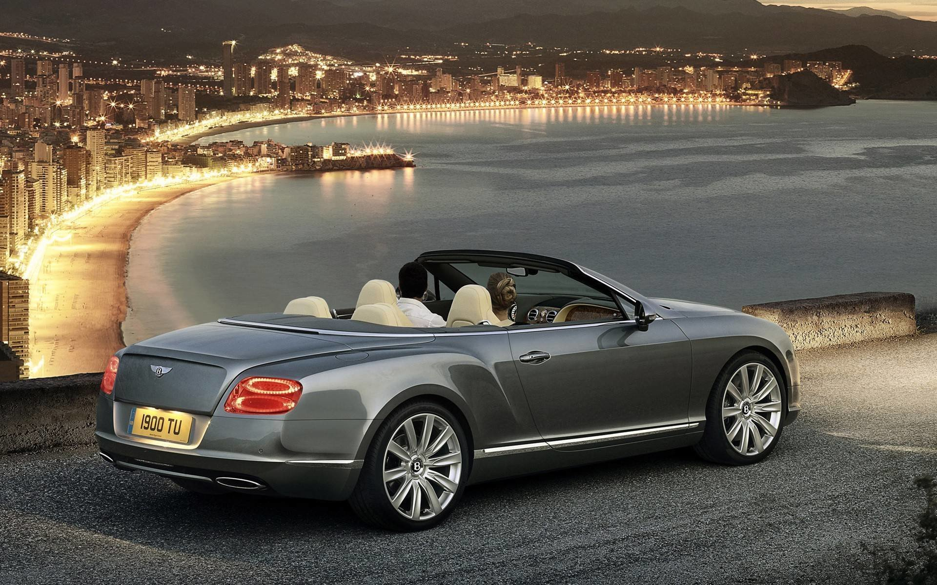Latest Bentley Cars Pictures 41 High Resolution Car Wallpaper Free Download