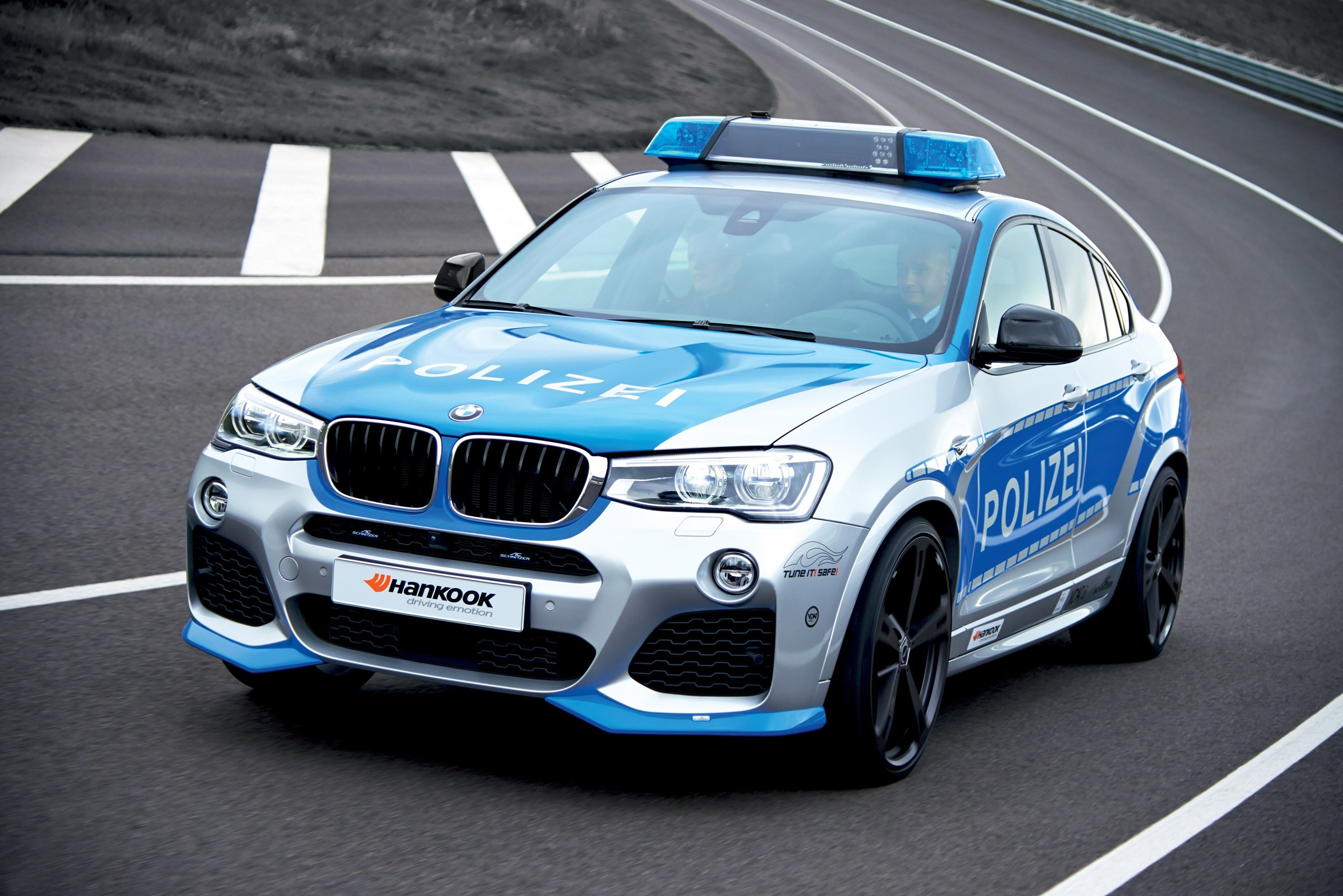 Latest Bmw X4 Police Car By Ac Schnitzer Video Free Download