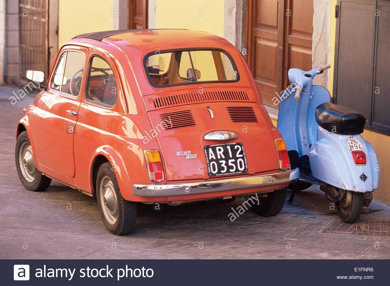 Latest Fiat 500 Car And Old Blue Scooter Parked Together In Back Free Download