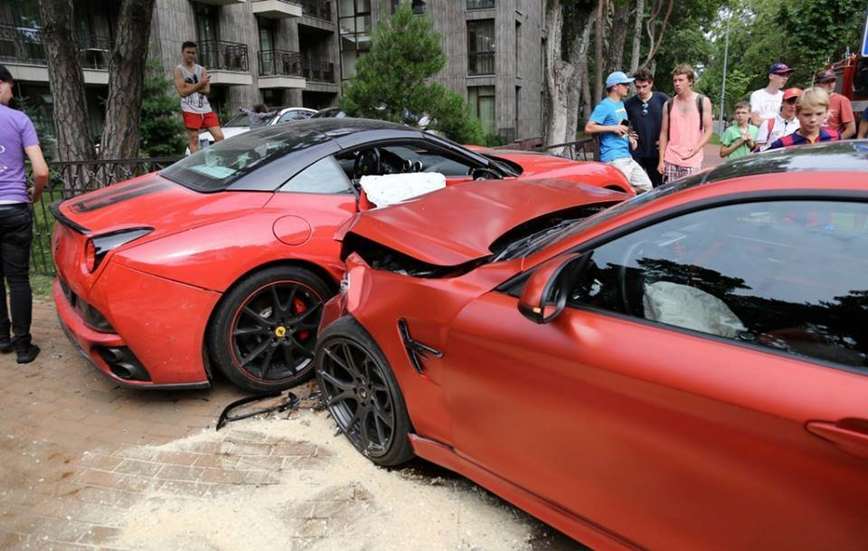Latest Bmw M4 Crashes Into Ferrari California In Lithuania Gtspirit Free Download