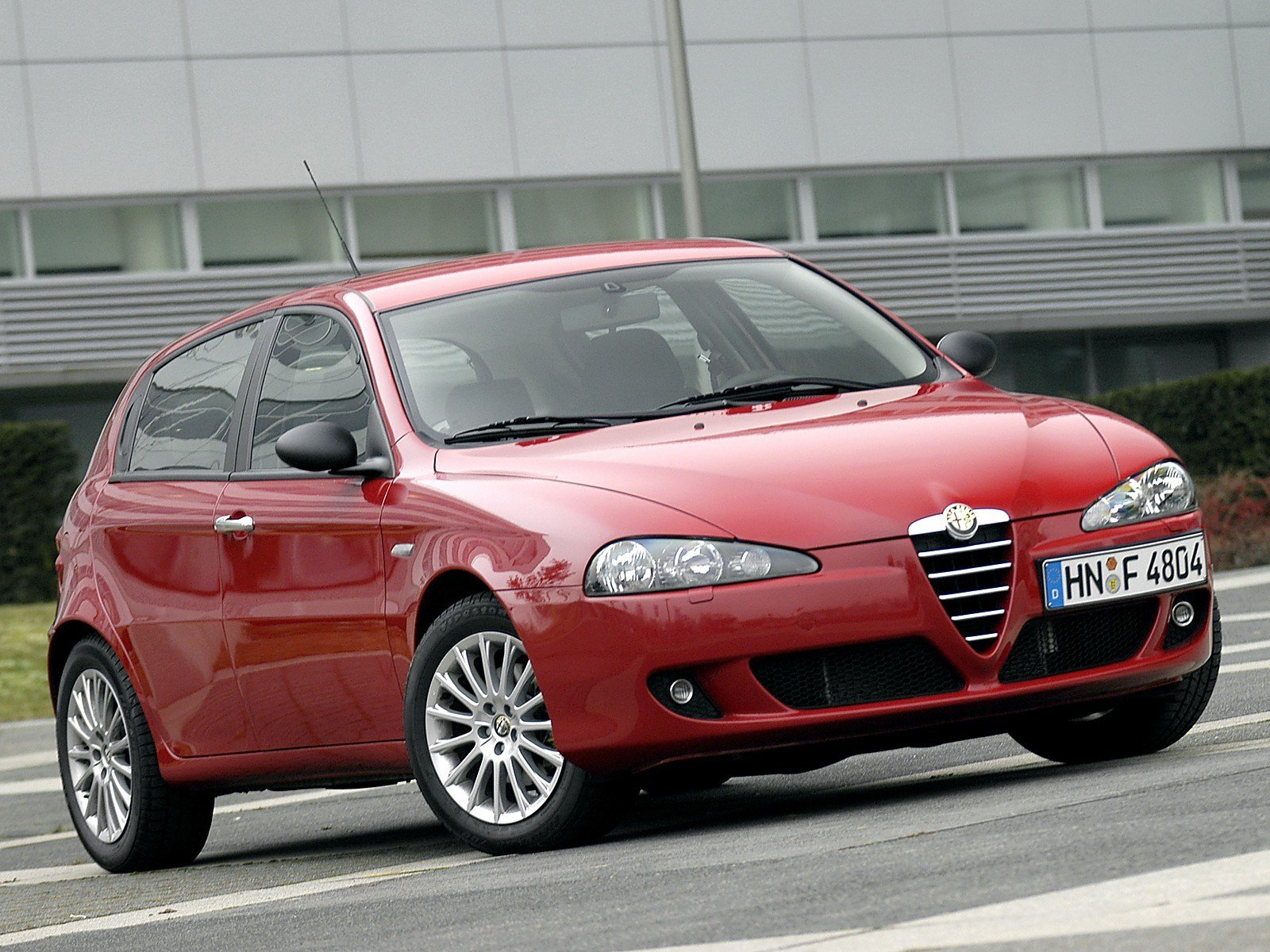 Latest Alfa Romeo 147 5 Doors 2005 2006 2007 2008 2009 Free Download