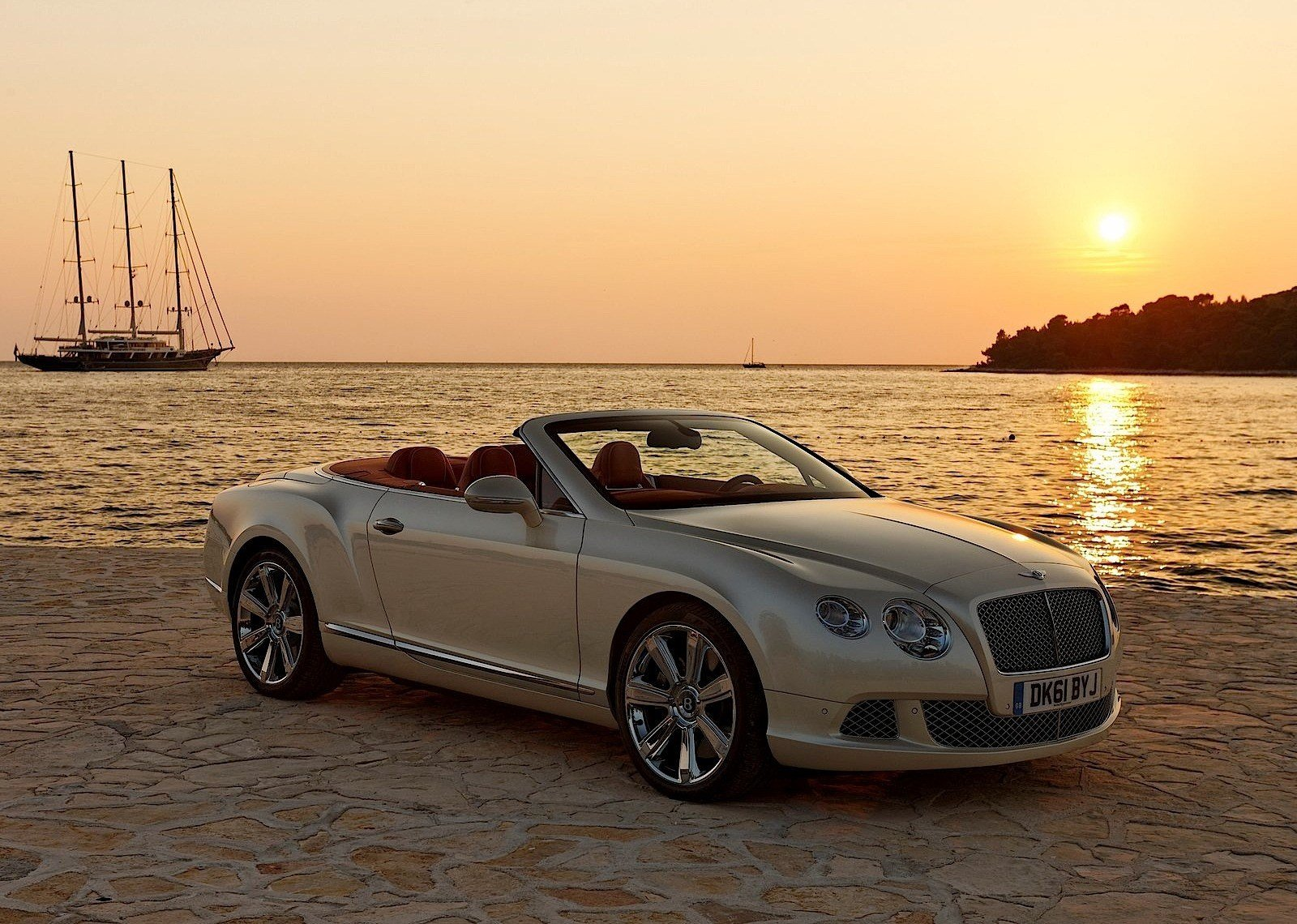 Latest Bentley Continental Gtc 2013 2014 2015 2016 Free Download