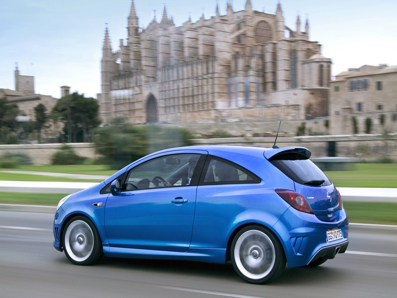 Latest Car Pictures Opel Corsa Opc 2008 Free Download