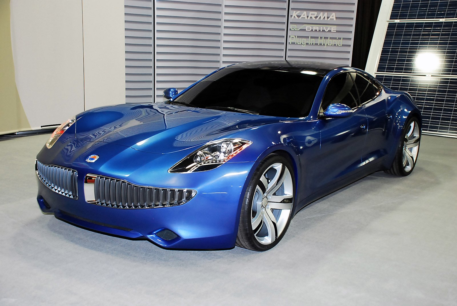 Latest Fisker Karma Hybrid Car And Electronic Wallpaper Free Download