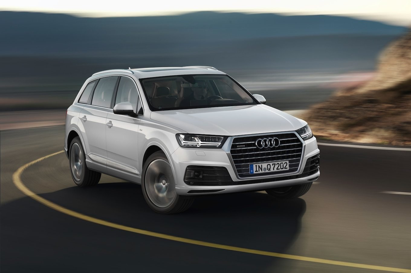 Latest Audi Q7 Reviews Research New Used Models Motor Trend Free Download
