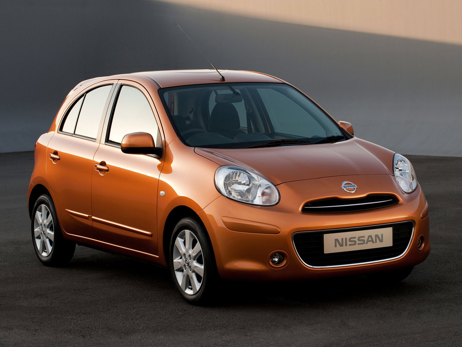 Latest 2011 Nissan Micra Japanese Car Photos Review Free Download