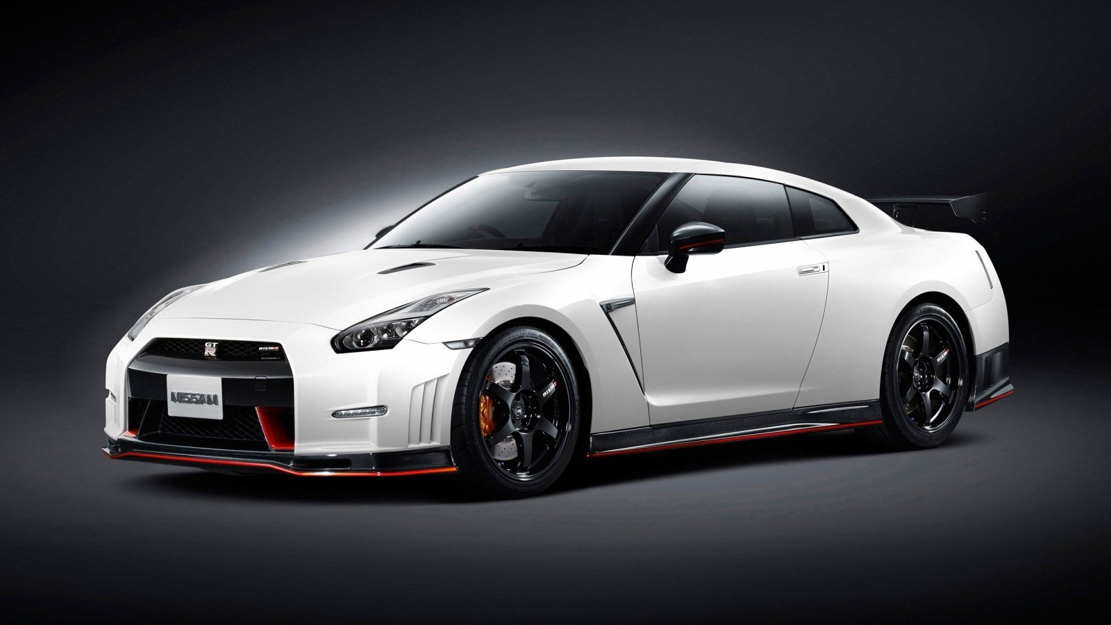 Latest 2015 Nissan Gt R Nismo 3 Wallpaper Hd Car Wallpapers Free Download