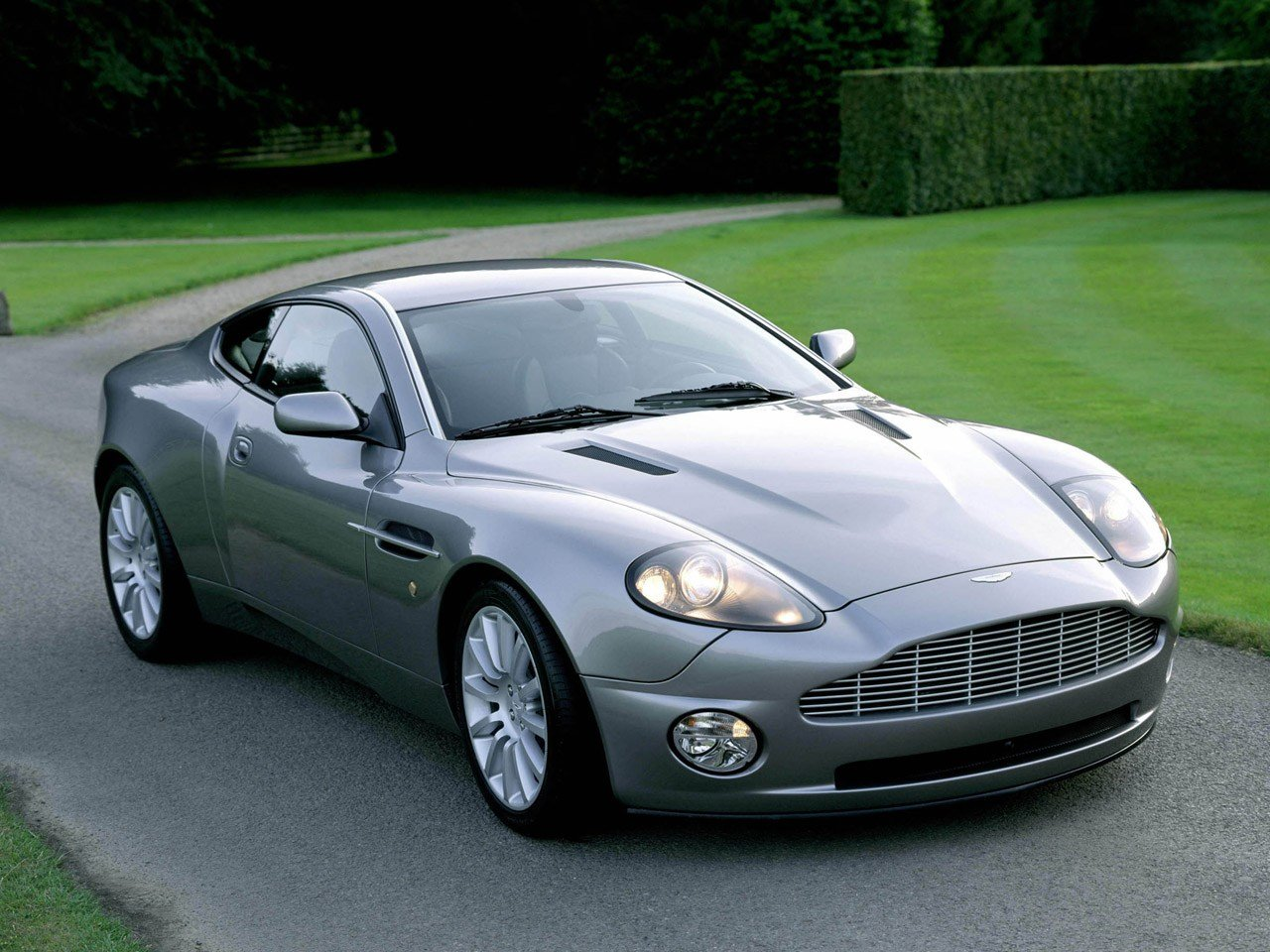 Latest Aston Martin Pictures Pics Wallpapers Photos Images Free Download