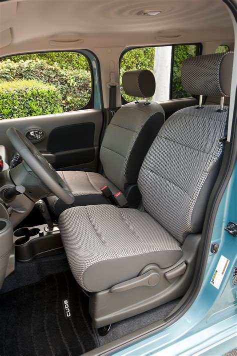 Latest Nissan Cube Interior Photo From The Car Gallery Pictures Free Download