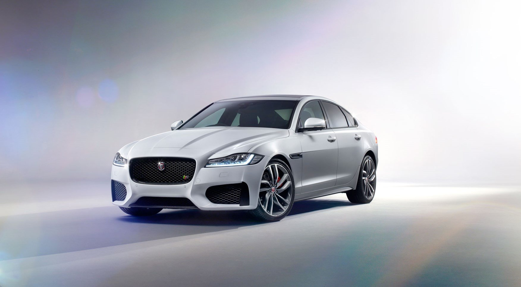 Latest New Jaguar Xf 2015 Revealed Honey I Inflated The Xe By Free Download