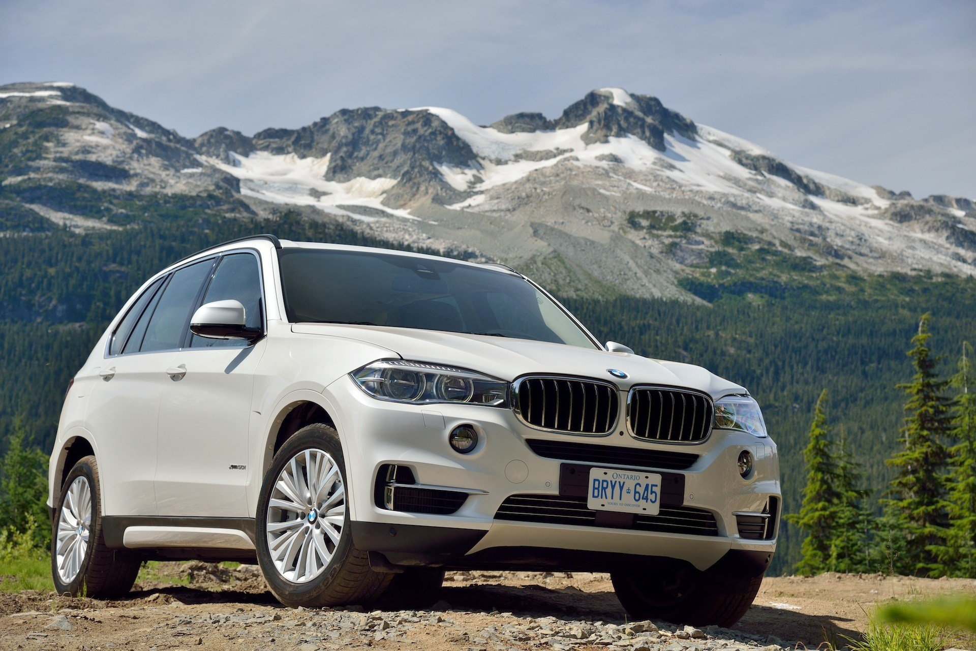 Latest Bmw X7 Full Size Luxury Suv Back In The Spotlight Free Download