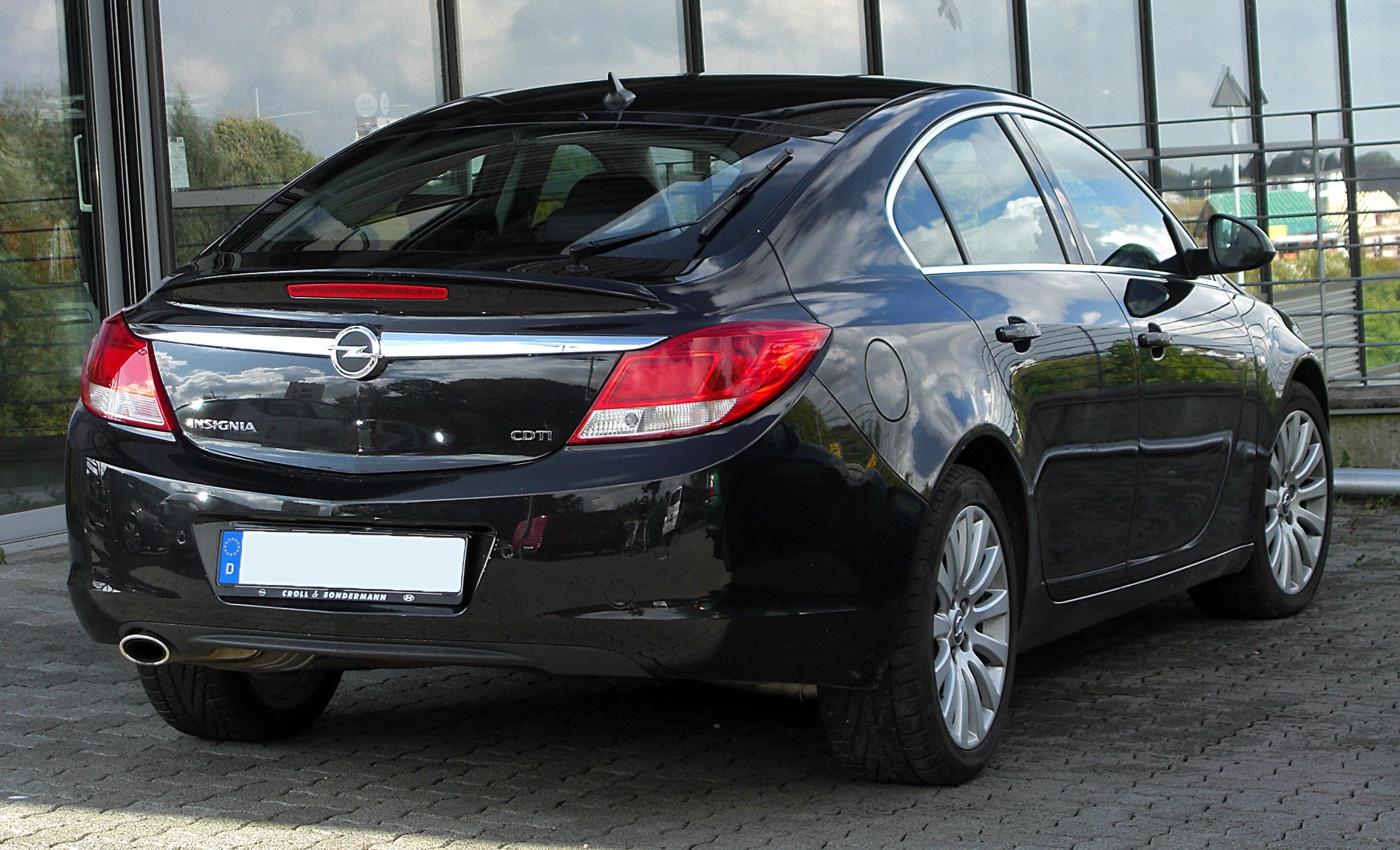 Latest Reliable Car Opel Insignia Wallpapers And Images Free Download