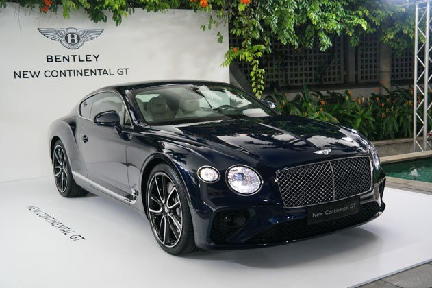 Latest Wealthy Singaporeans Get Early Look At New Bentley Free Download