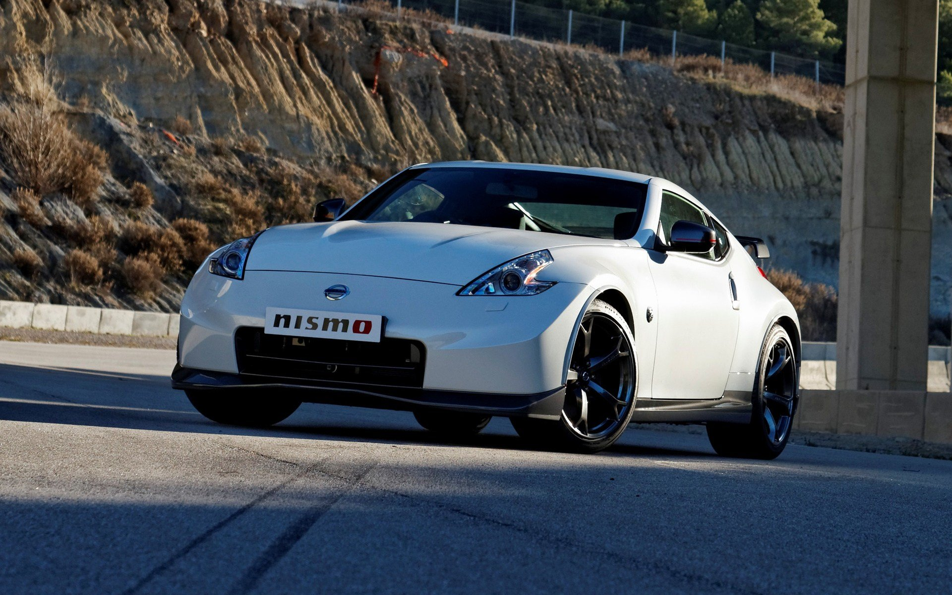 Latest Nissan 370Z Nismo 2013 Uk Wallpapers And Hd Images Car Free Download