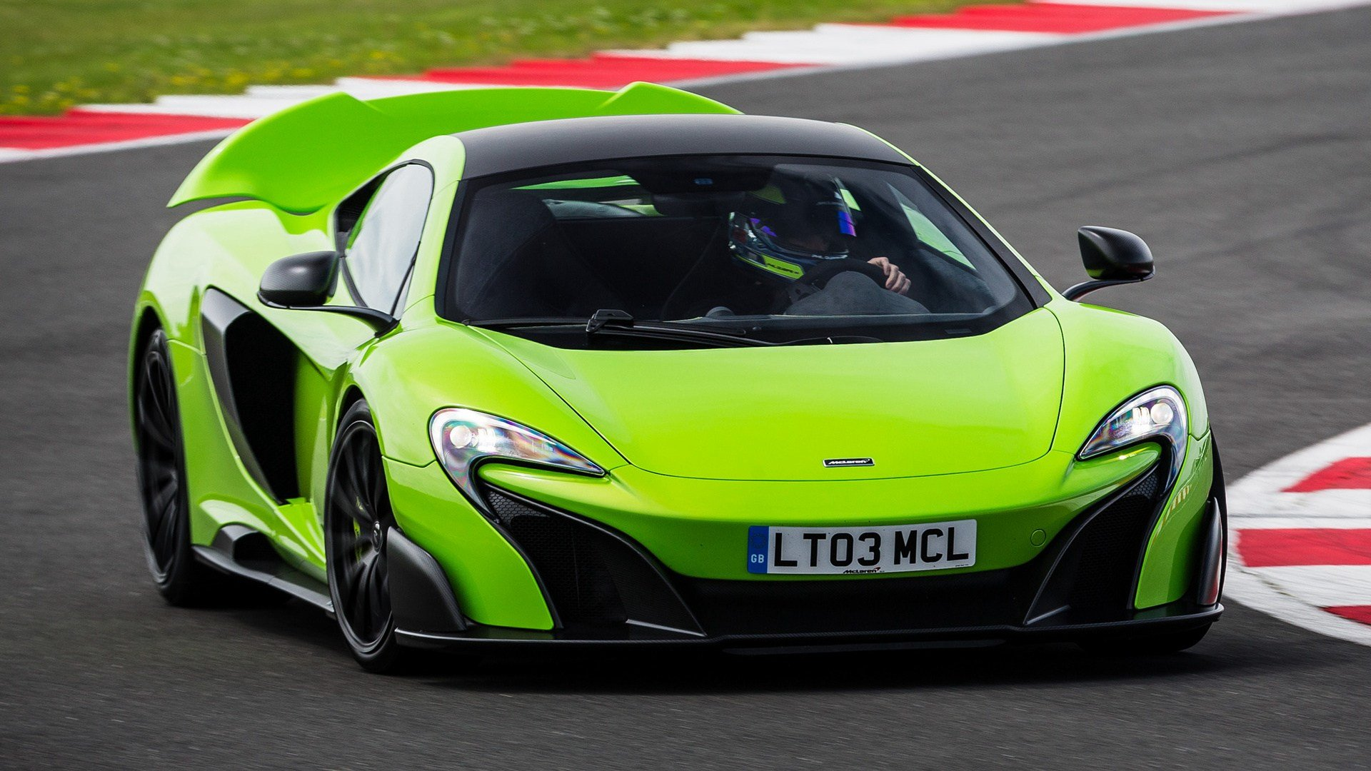 Latest Mclaren 675Lt 2015 Wallpapers And Hd Images Car Pixel Free Download