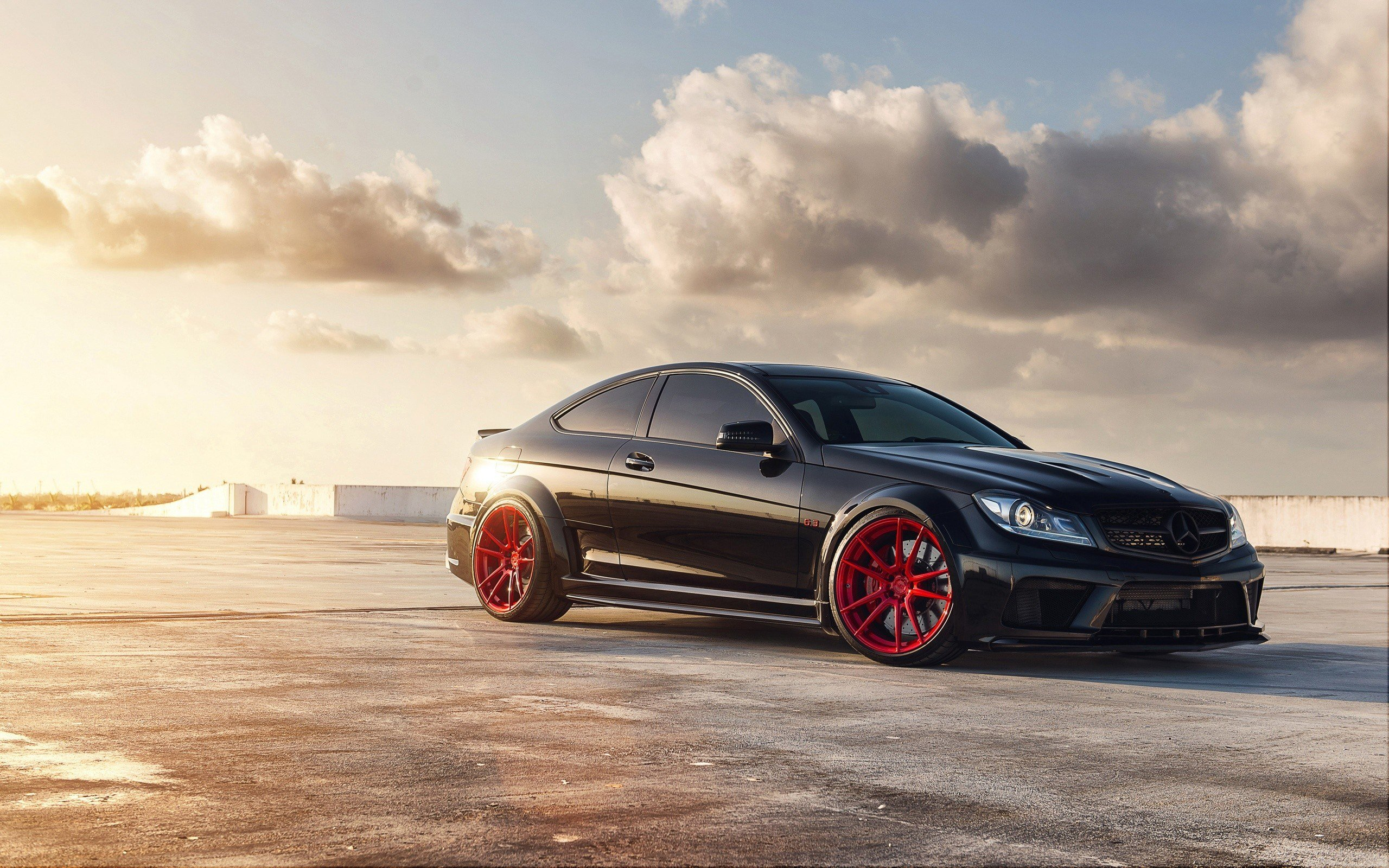 Latest Mercedes Benz C63 Amg Wallpapers Hd Wallpapers Id 13480 Free Download