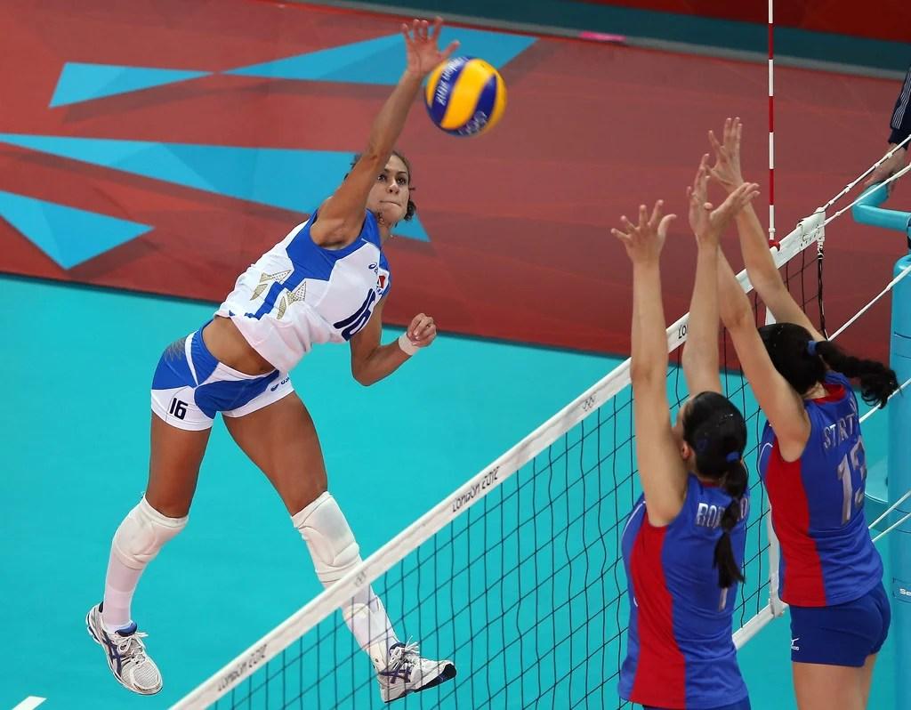women's volleyball net height - 850×722