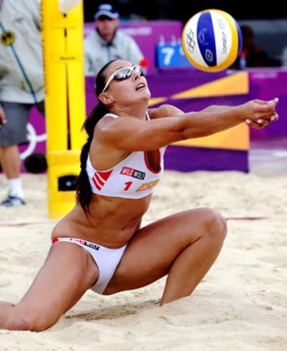 women's volleyball - 560×686