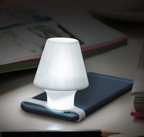 Travelamp Phone Lamp.