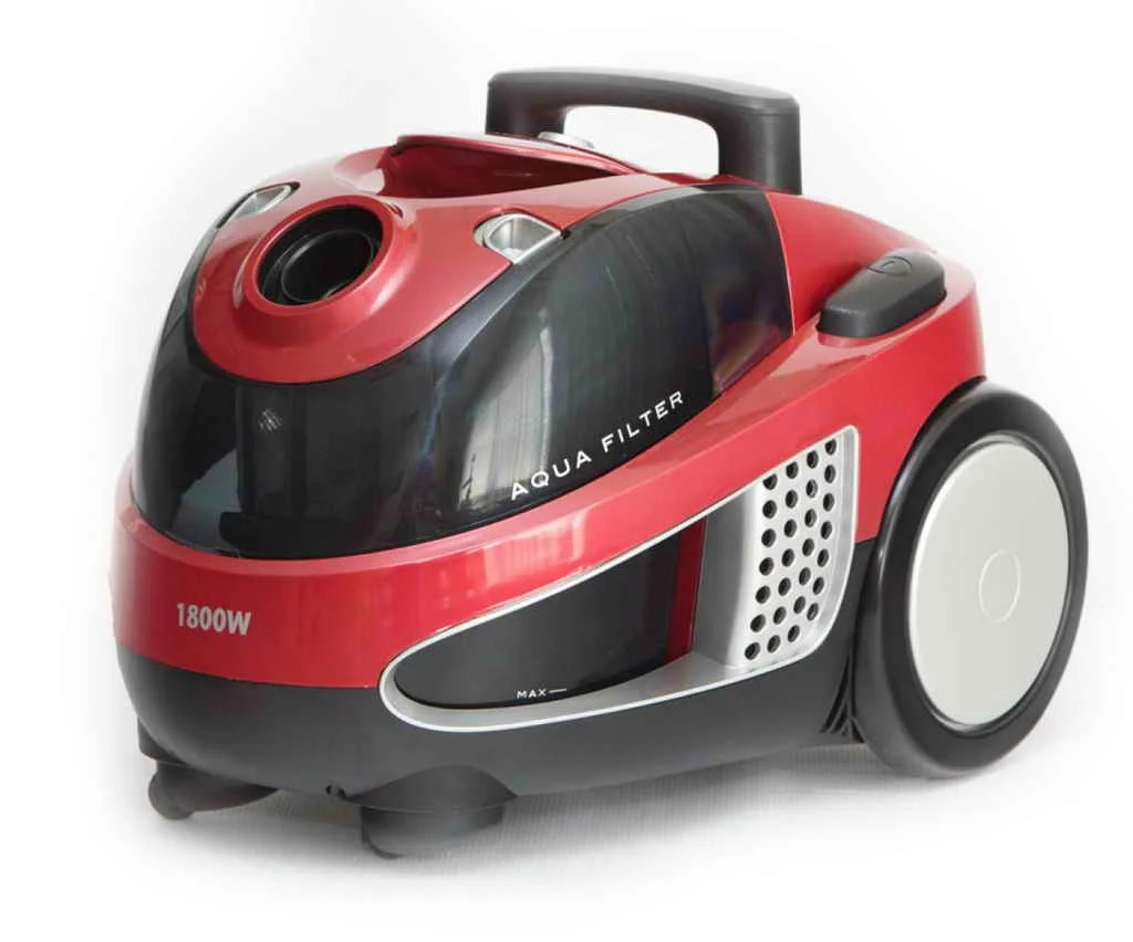 Shivaki SVC 1748 in the rating of vacuum cleaners 2021