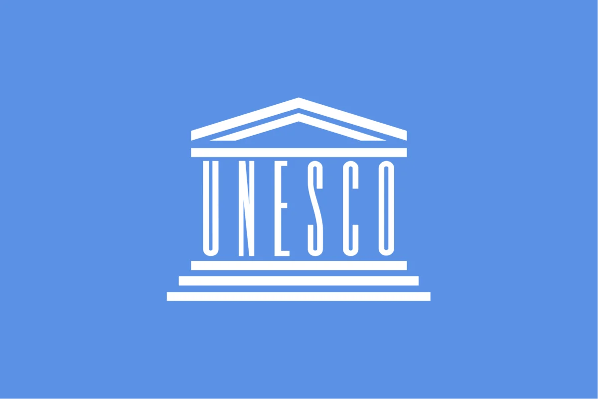 Hình ảnh từ các nguồn mở. Biểu tượng của UNESCO.