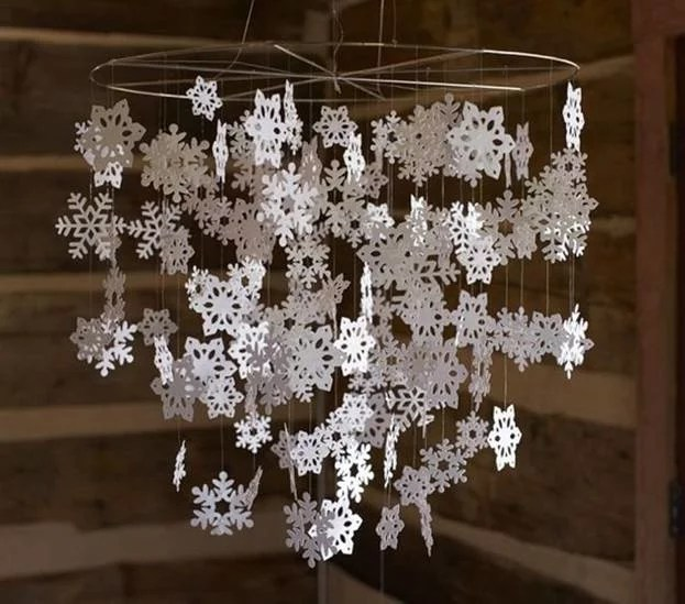Ways to cut snowflakes from napkins. Step number 9.