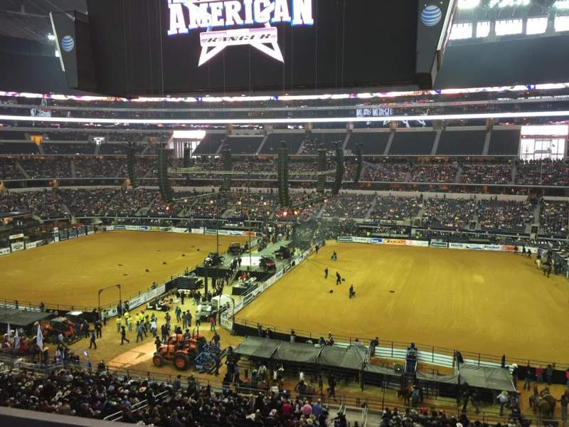 The American Rodeo Photos