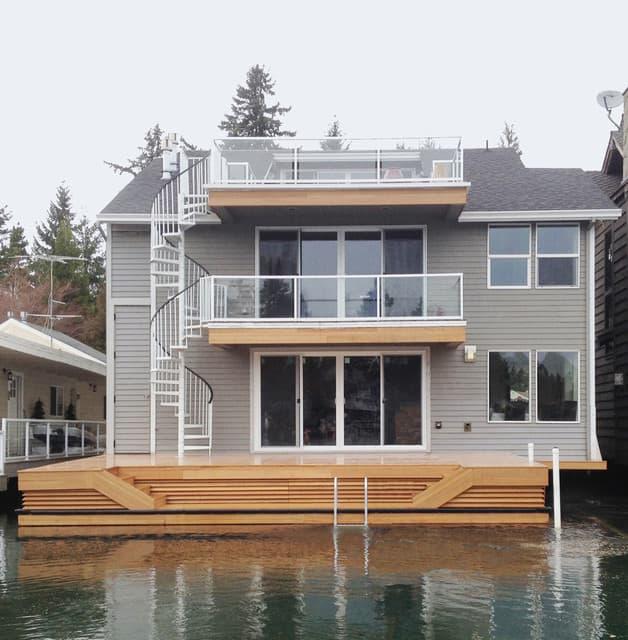 Tiny House Flat Roof Deck
