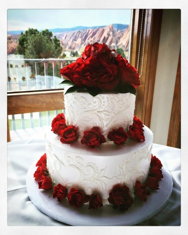buttercream wedding cakes  raquo  Buttercream Wedding Cakes   Azucar Bakery 2