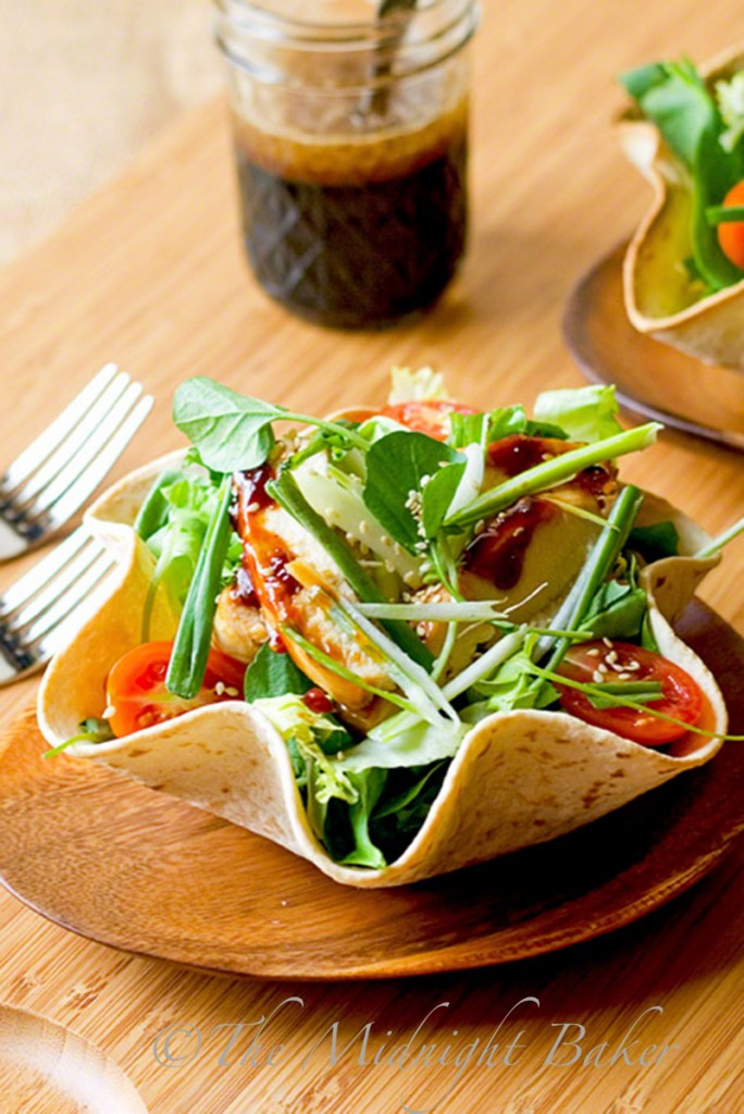 Asian Chicken Salad with Sesame Soy Dressing | bakeatmidnite.com | #chicken #asian #salads