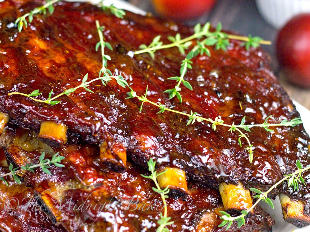 Apricot Maple Glazed Applewood Smoked Ribs   bakeatmidnite.com   #porkribs #smokedribs #BBQ
