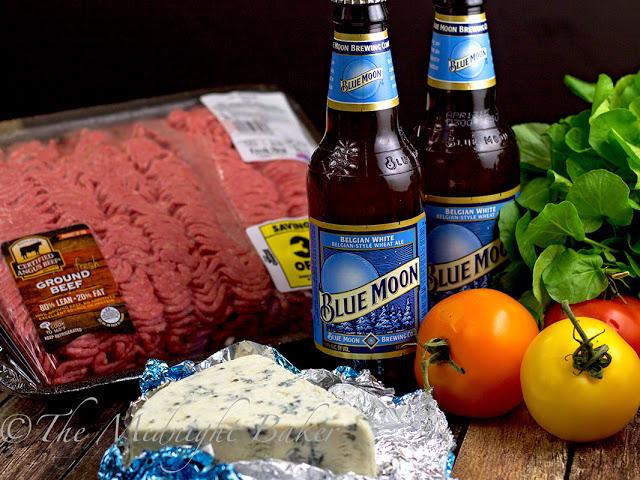 Msg 4 21+Blue Cheese Bacon Angus Burger   bakeatmidnite.com   Msg4 21+ #bluecheeseburger #HouseofBBQ #ad