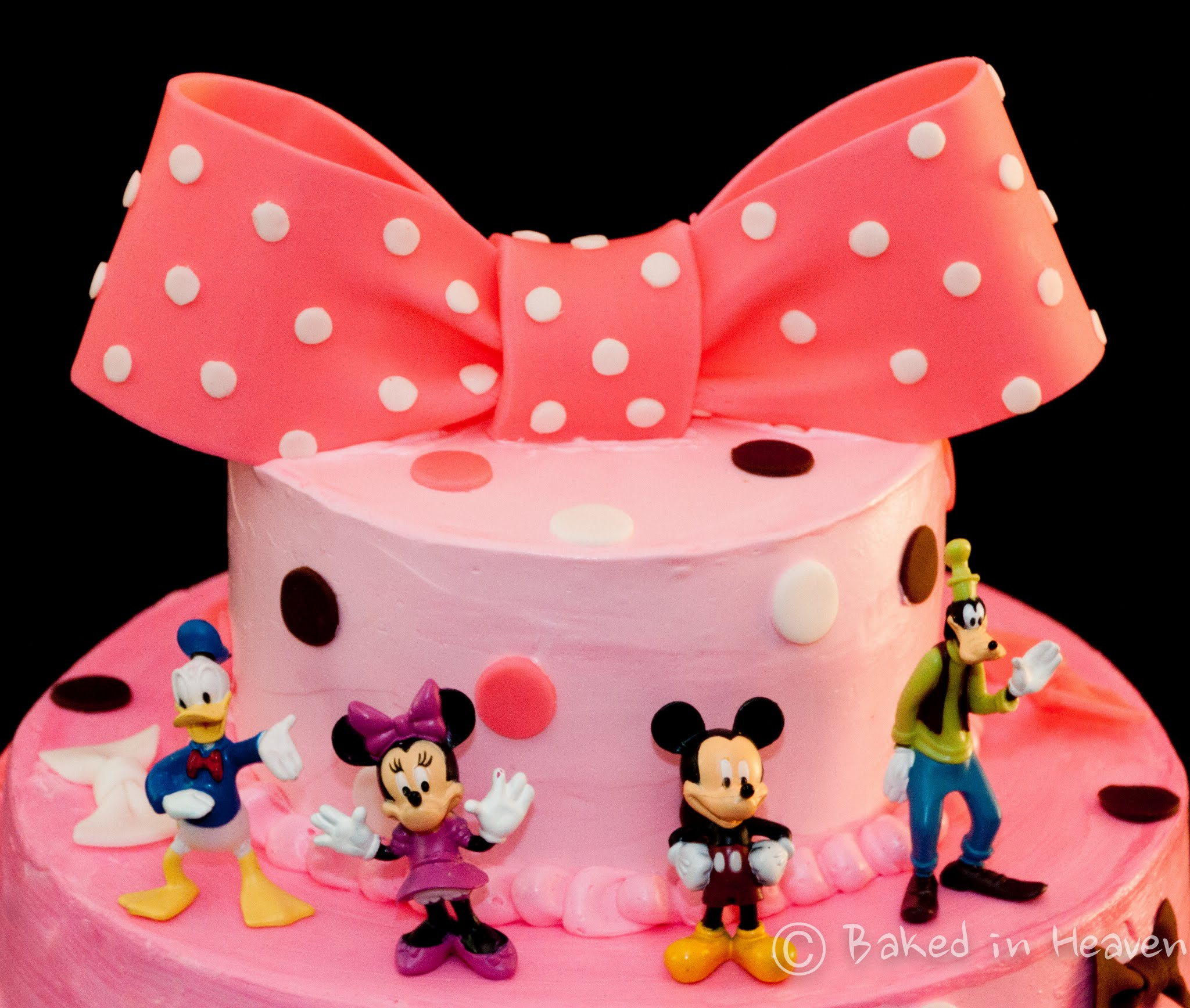 Minnie Mouse And Friends Baked In Heaven