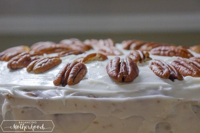 Easy and delicious Hummingbird Cake recipe