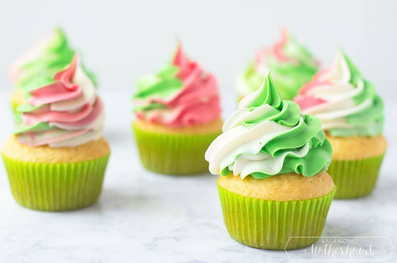 Christmas Swirl Cupcakes Final 3