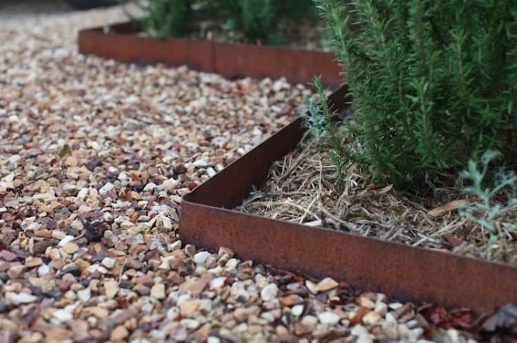 Curved Concrete Garden Edging