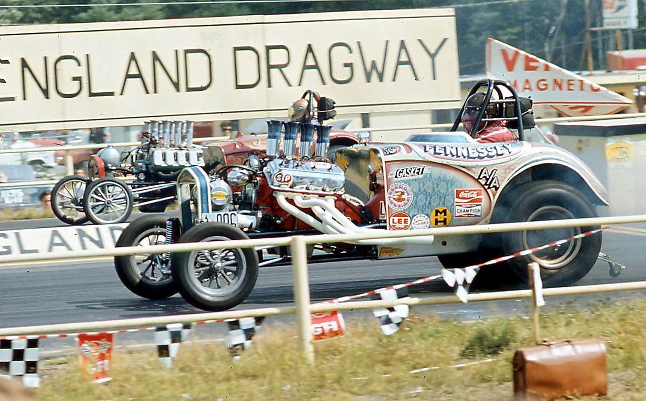 Drag Station Wagon Racers