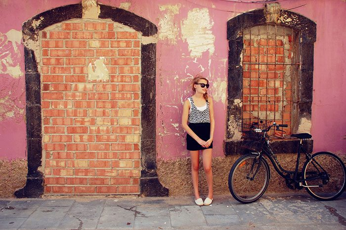 Barselona Yalnız