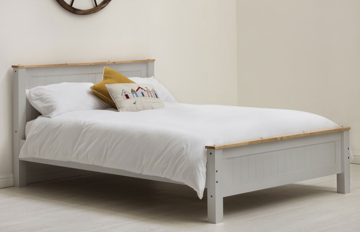 Torquay Shaker Style Solid Wood Bed